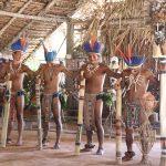 Indigene Tanzgruppe (Männer)